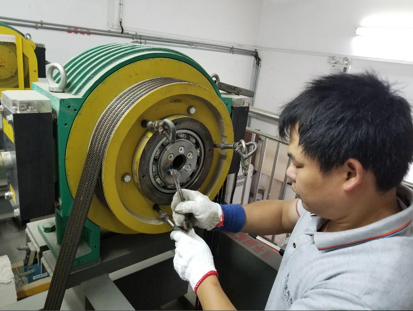 桂林市维修电梯主机、更换主机轴承